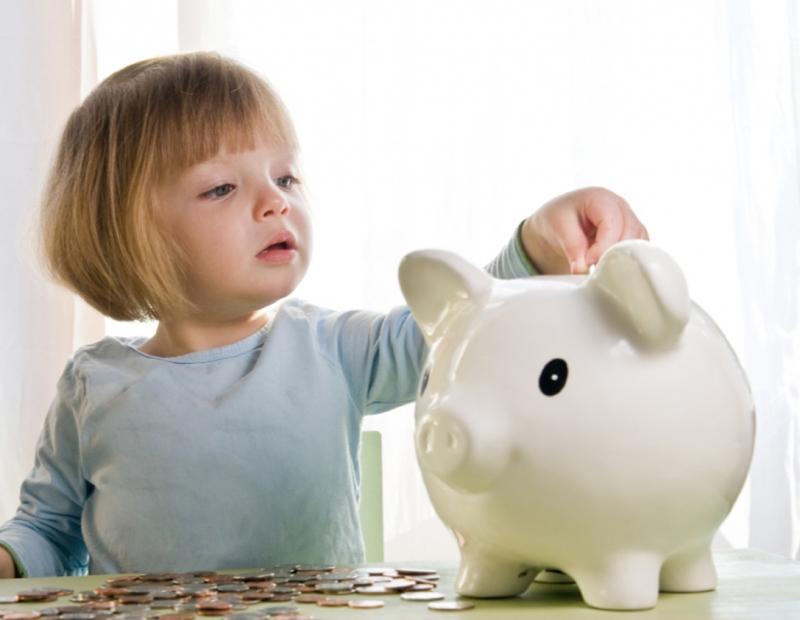 Giúp con biết cất giữ, sử dụng tiền đúng mục đích.