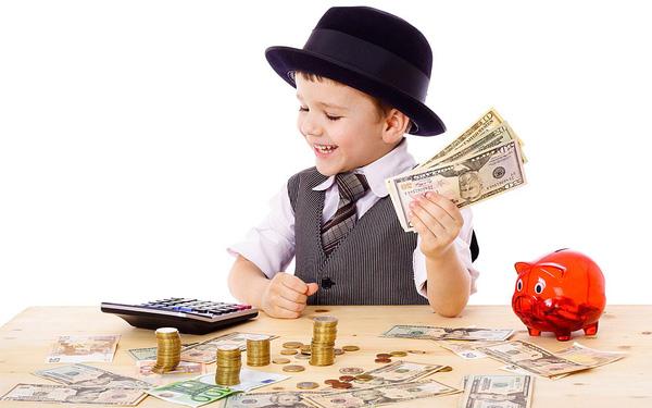 Dạy con giá trị của lao động và cách kiếm tiền, tiêu tiền