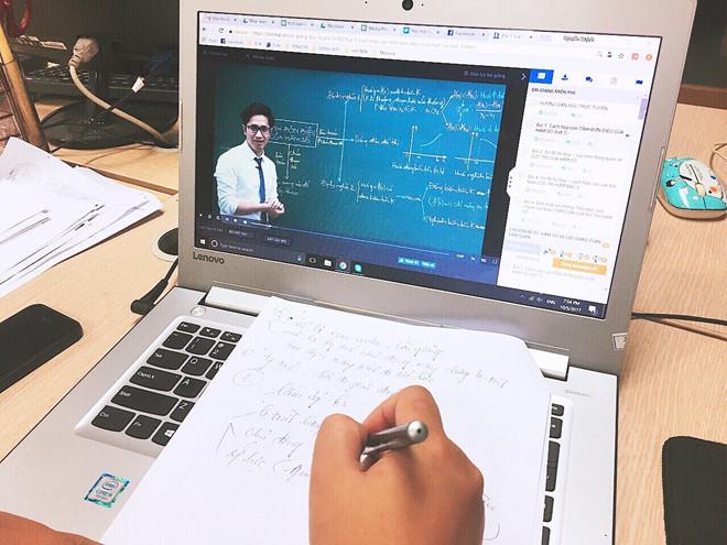 Bán khóa học online là cách làm giàu chân chính