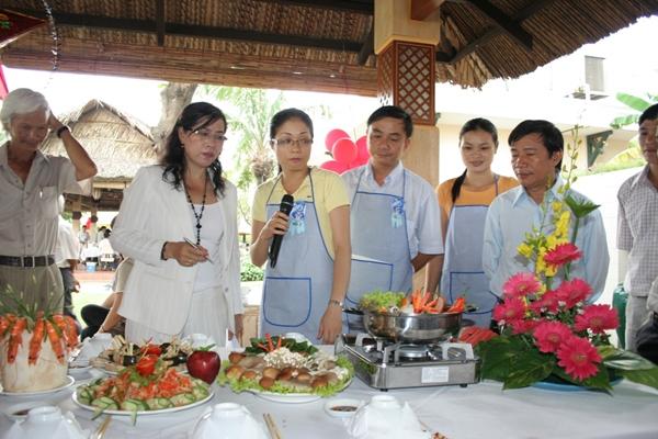 Dạy nghề nấu ăn Diệu Lý