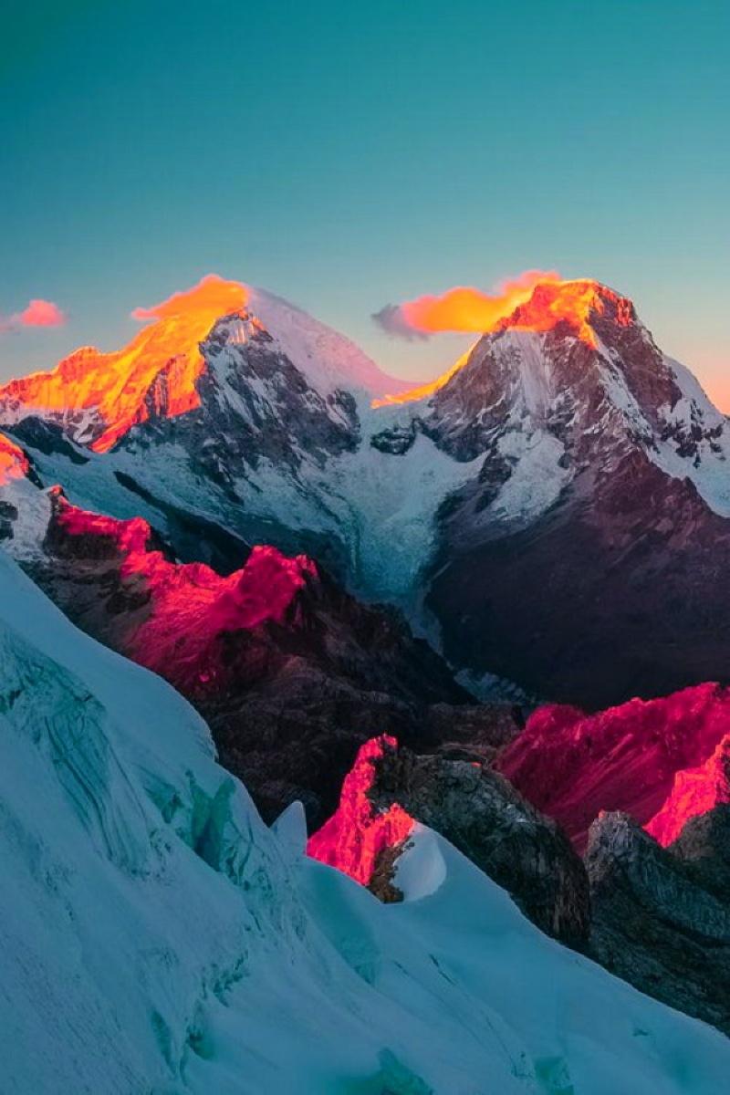 Sự kết hợp hoàn hảo giữa vẻ đẹp hùng vĩ và thơ mộng của dãy Andes