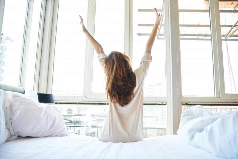 Dậy sớm để hít thở, hoạt động thể thao tăng cường sinh lực cho ngày mới hoạt động hiệu quả hơn.