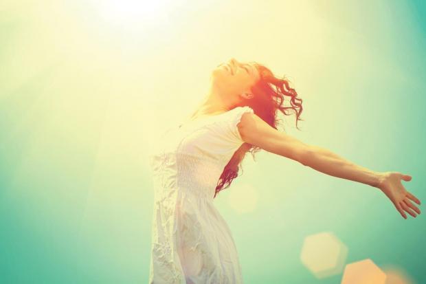 Dậy sớm giúp tăng cường trí tuệ và duy trì được trạng thái thư giãn và thoải mái suốt cả ngày.