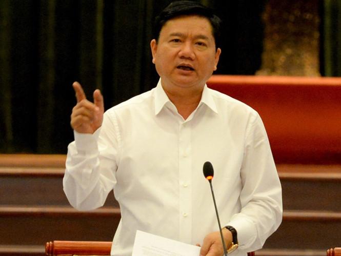 Ông Đinh La Thăng - Bí thư thành ủy TP.HCM chỉ đạo việc cấm dạy thêm và học thêm - Nguồn: Sưu tầm