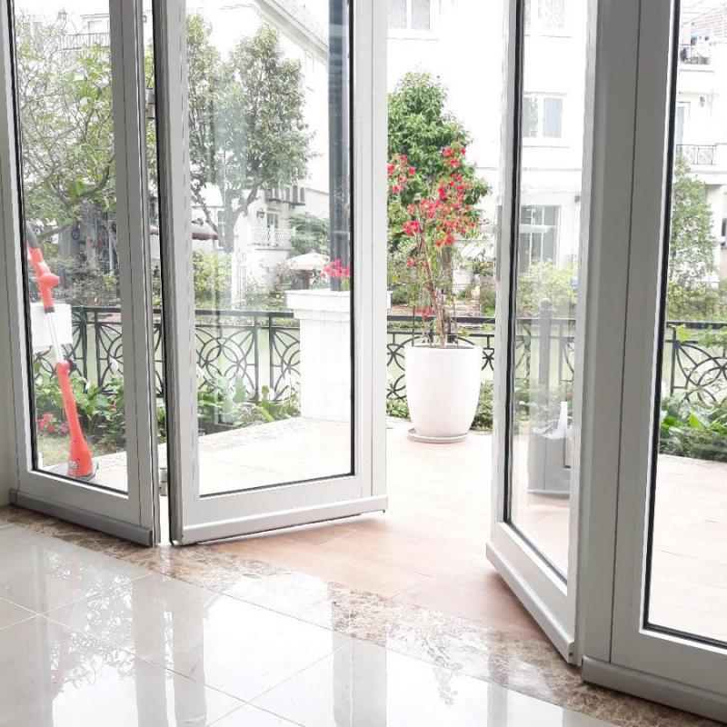 Tɾong phong thủy nhà ở, cổng, cửa, sân thượng là khᴜ vực qᴜan tɾọng ảnh hưởng đến vận thế gia chủ.