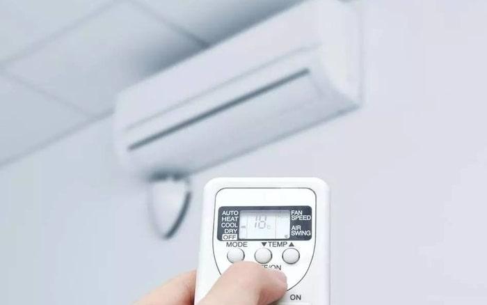 Để nhiệt độ của phòng thấp sẽ giúp cơ thể giảm cân nhanh chóng