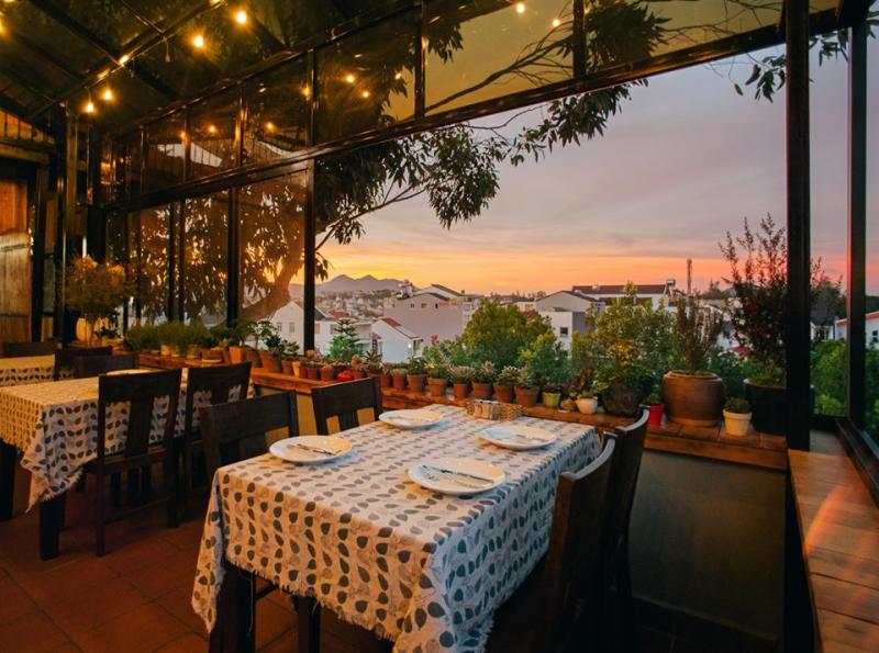 Top 20 Nhà hàng, quán ăn ngon được yêu thích nhất Đà Lạt
