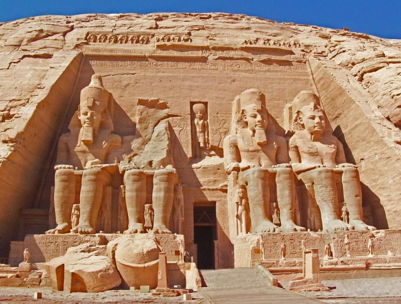 Đền thờ Abu Simbel được xem là niềm tự hào của người dân Ai Cập.