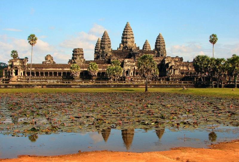 Đền Angkor Wat - niềm tự hào của người dân Campuchia