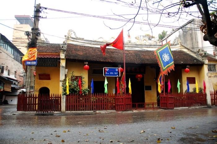 Đền Bạch Mã - Trần Đông Hoàng thành Thăng Long
