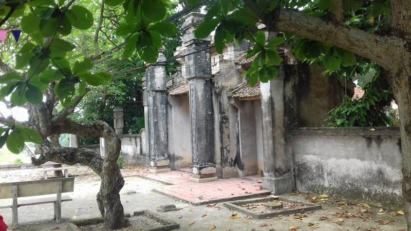 Đền Cẩm Sơn