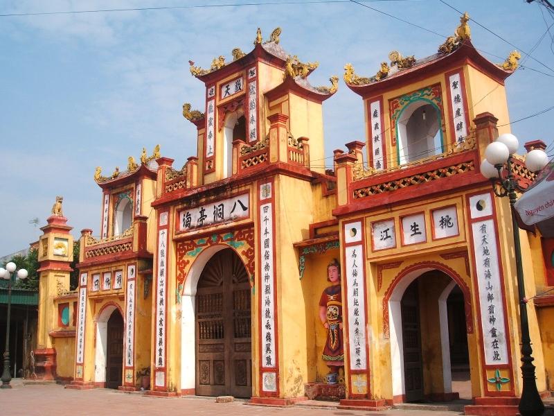 Đền Đồng Bằng tại xã An Lễ, huyện Quỳnh Phụ, Thái Bình.