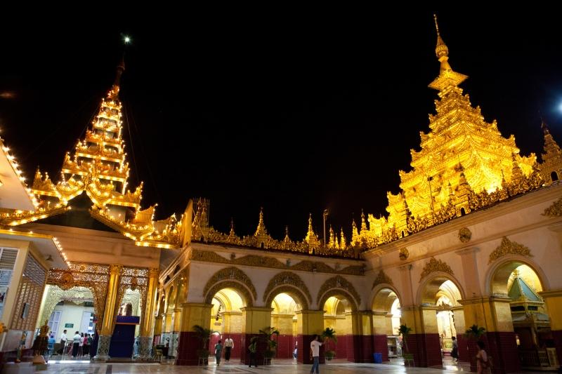 Đền Mahamuni - nét đẹp tôn giáo và kiến trúc đầy sức hấp dẫn