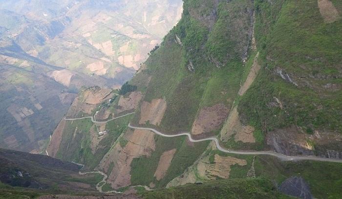 Cung đường tuyệt đẹp của đèo Mã Pì Lèng