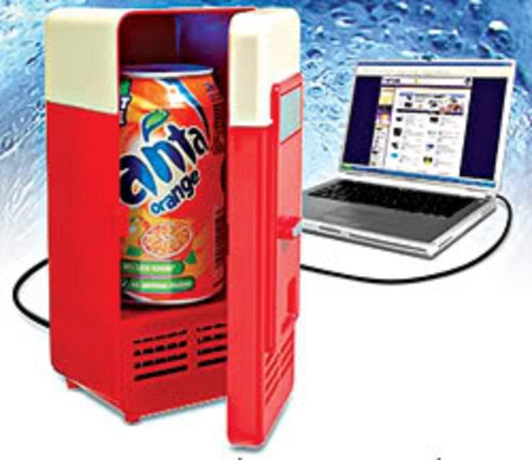 Tủ lạnh mini USB trưng bày tại Devashop