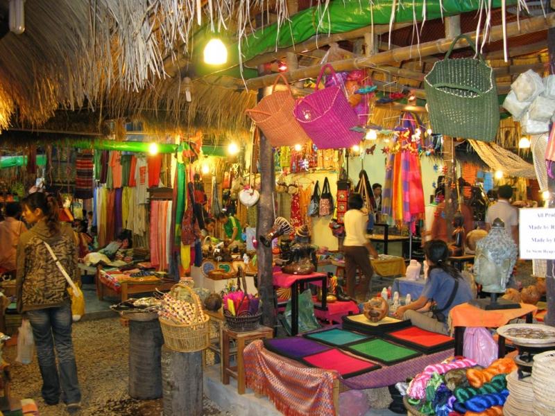 Chợ Phsa Orussey ở Campuchia (Nguồn: Sưu tầm)
