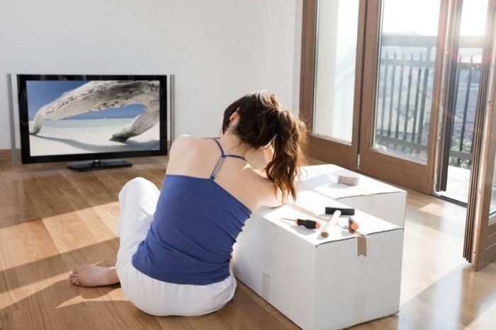 Vừa xem TV, vừa tập luyện cũng có thể đốt cháy một lượng calo đáng kể