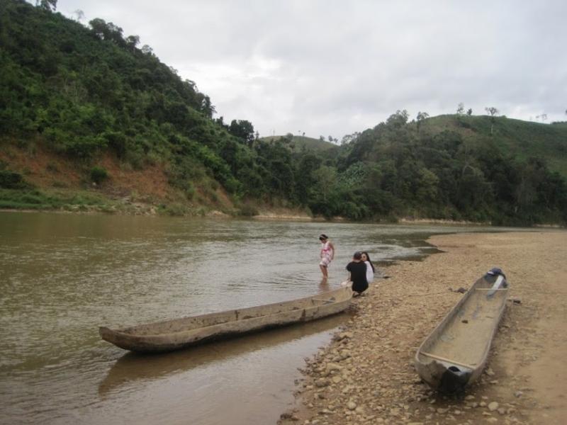 Đi thuyền trên sông Dabla