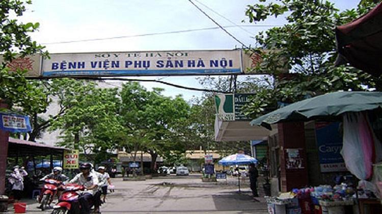 Cảnh quan bên ngoài của bệnh viện phụ sản Hà Nội