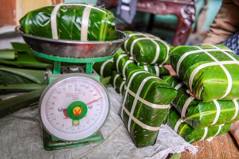 Top 13 địa chỉ mua bánh chưng giò chả uy tín nhất ở Hà Nội cho dịp Tết âm lịch.