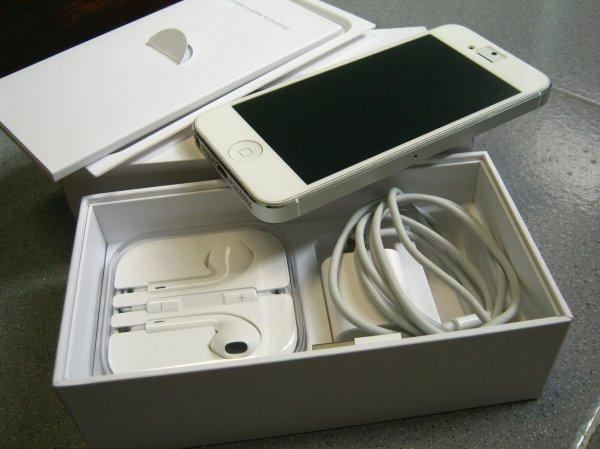 Top 8 Địa chỉ mua iPhone cũ/mới uy tín nhất TP. HCM