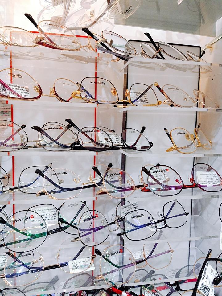 Mẫu mã kính đa dạng