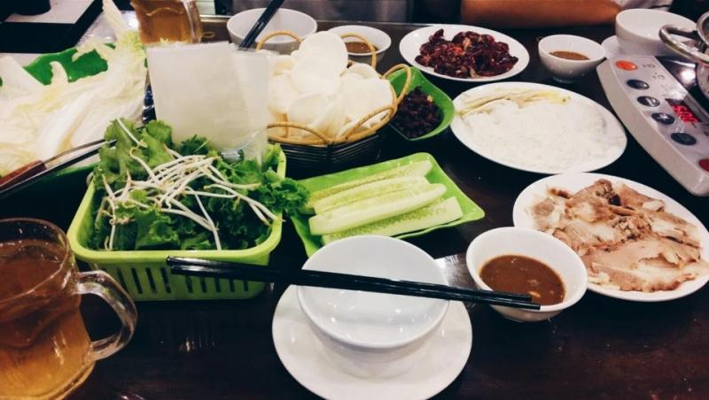 Các món ăn về bò vô cùng chuyên nghiệp của chuỗi nhà hàng Bò Nhúng Dấm 555.