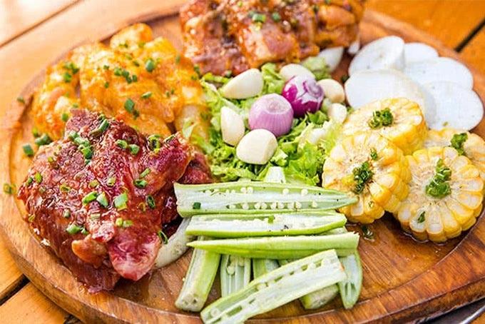 Top 10 địa điểm ăn uống nổi tiếng nhất Quận 10, TP. Hồ Chí Minh
