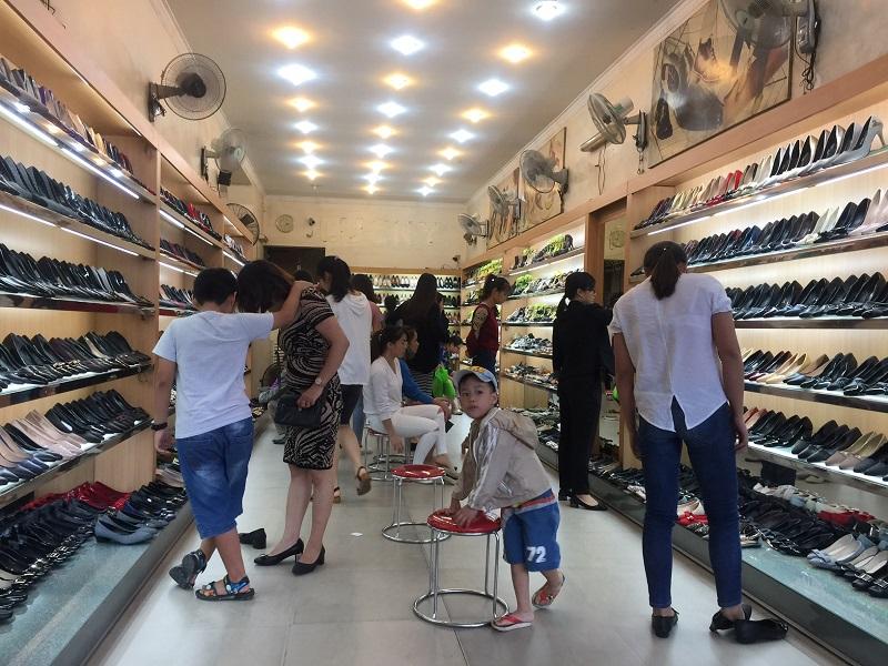 Xác định đối tương khách hàng bạn hướng tới để tìm địa điểm bán hàng