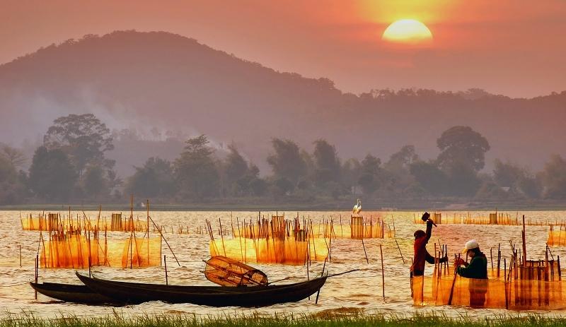 Vẻ đẹp của Hồ Lắk