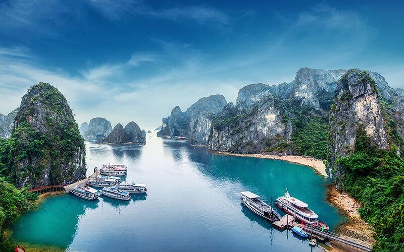Top 10 địa điểm tham quan đẹp nhất Hạ Long