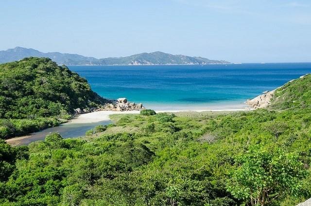 Một Bình Ba hoang sơ của thiên đường biển Nha Trang
