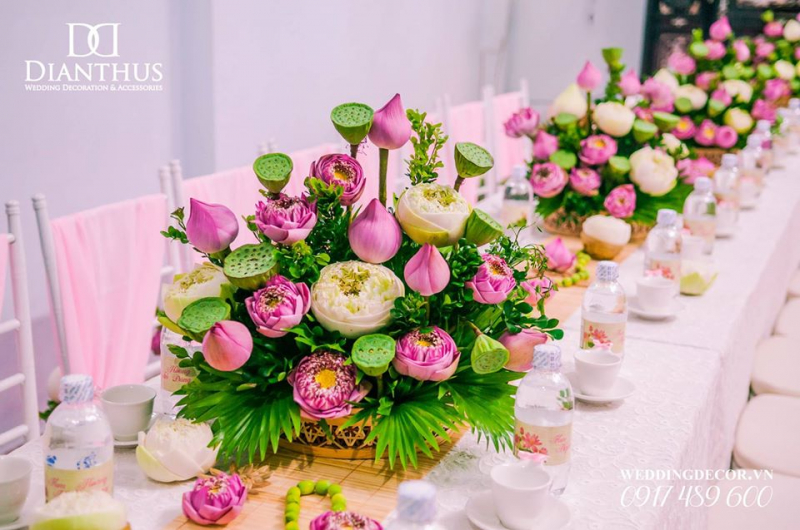 Dianthus Wedding Decor