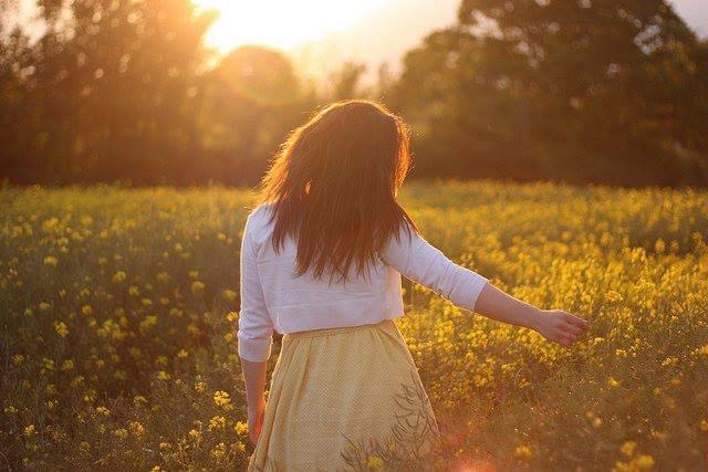 Đích đến của chúng ta không phải là một vùng đất, mà là một cách nhìn mới. – Henry Miller