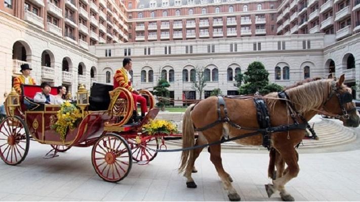 Lễ cưới phong cách hoàng gia tại khách sạn Ritz Carlton tại Thiên Tân, Trung Quốc