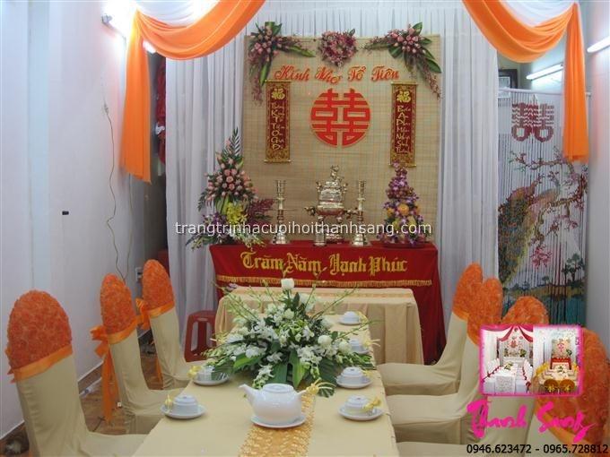 Trang trí nhà cưới hỏi theo tông nền màu vàng