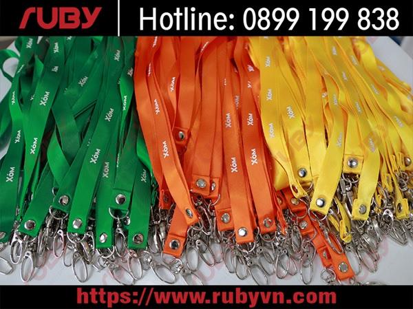 Dịch vụ in dây đeo thẻ đẹp của RUBY