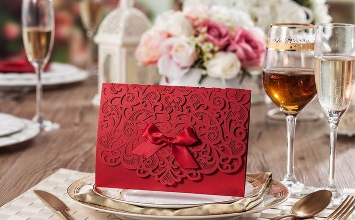 Dichvucuoi.org - dịch vụ in thiệp cưới đẹp giá rẻ nhất tại Đà Nẵng (hình ảnh lấy từ website Dichvucuoi.org)