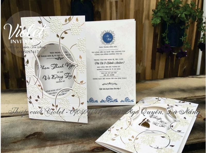 Violet Đà Nẵng - dịch vụ in thiệp cưới đẹp giá rẻ nhất tại Đà Nẵng (hình ảnh lấy từ fanpage của Violet Đà Nẵng)