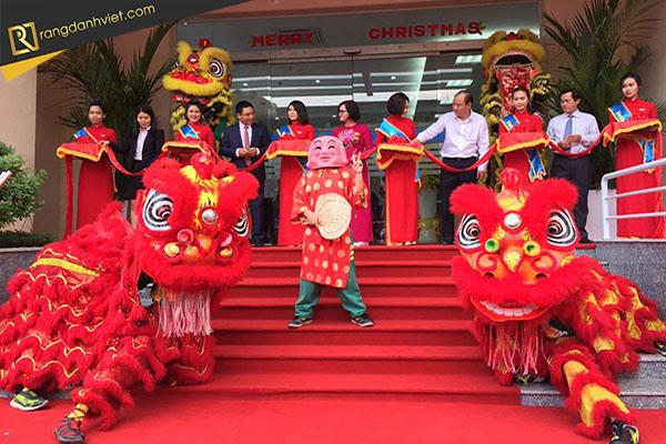 Top 7 dịch vụ lân sư rồng khai trương uy tín, chuyên nghiệp nhất tại Hà Nội