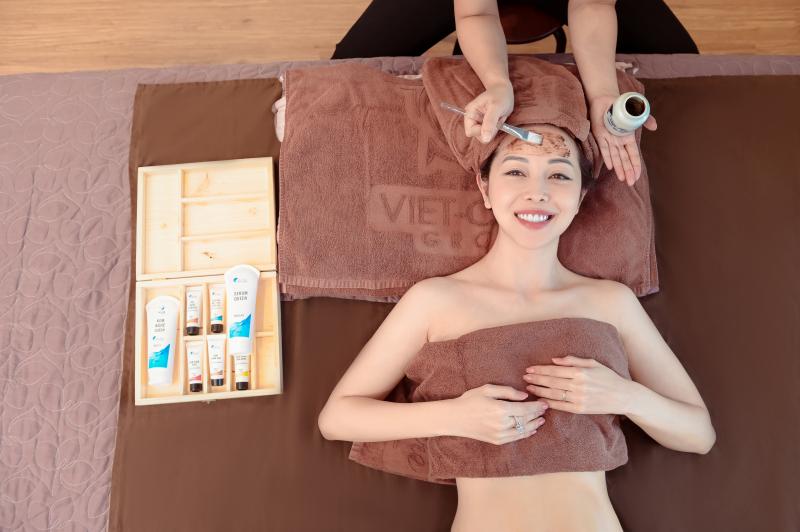 Dịch vụ massage bầu của Viet-Care