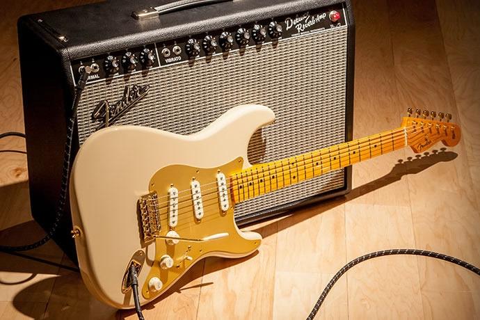 Dịch vụ thuê đàn guitar ở khách sạn Hard Rock