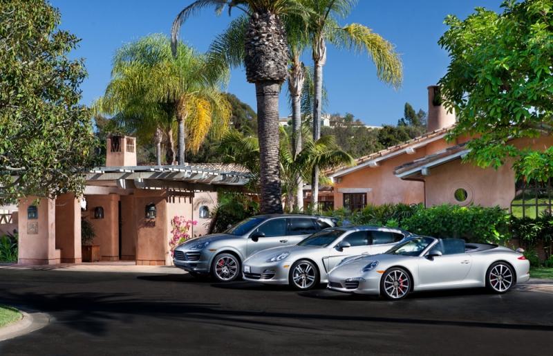 Dịch vụ cho thuê xe Porsche 911 huyền thoại tại khách sạn Rancho Valencia
