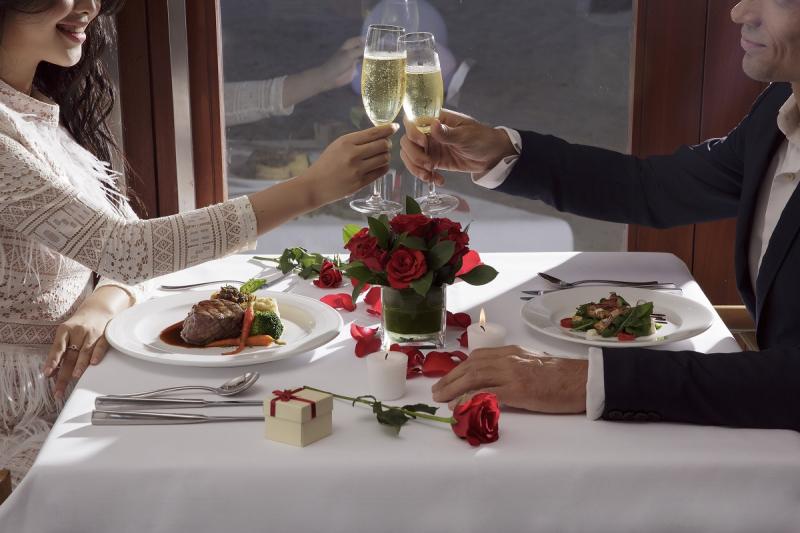 Dịch vụ tổ chức tiệc Valentine