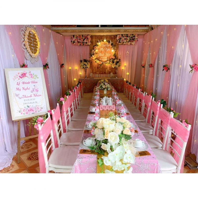 Dịch vụ trang trí tiệc cưới Anh Hoa
