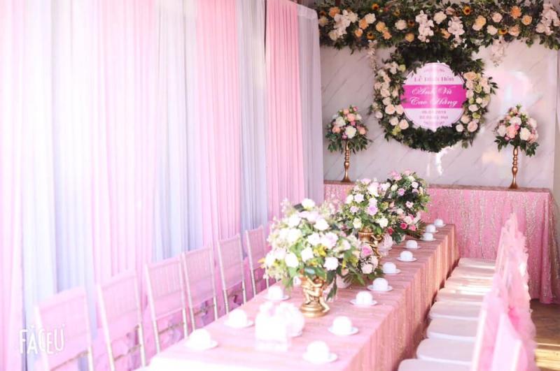 Dịch vụ trang trí tiệc cưới Bàn tiệc gallery