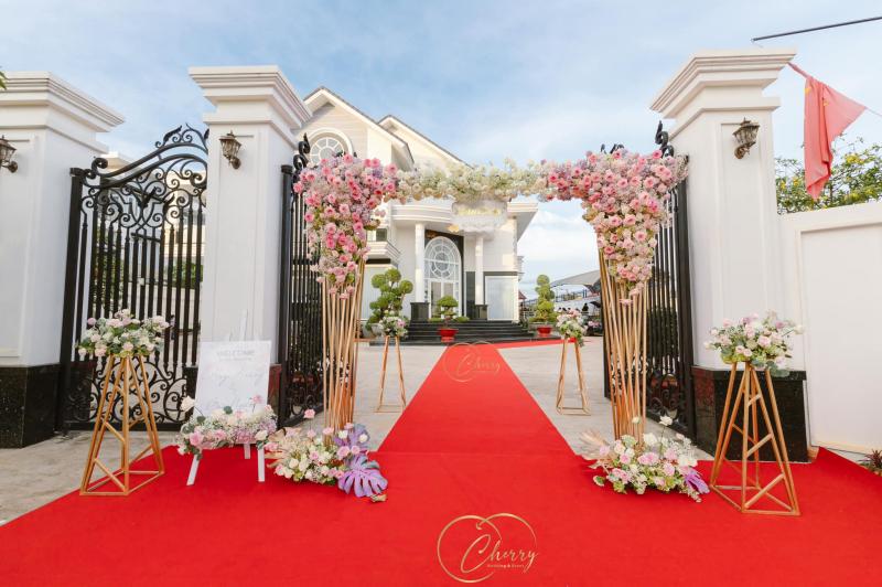 Dịch vụ trang trí tiệc cưới Cherry Wedding & Event