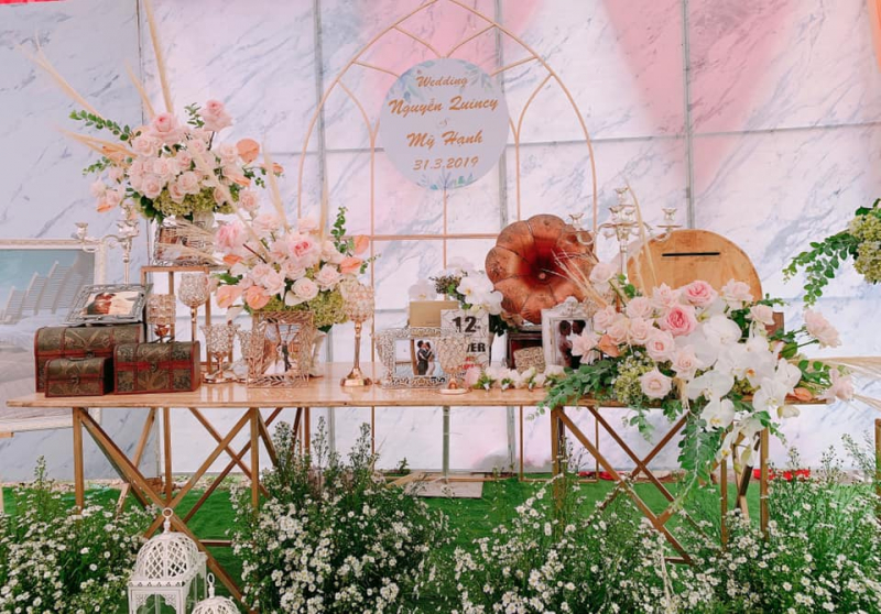 Dịch vụ trang trí tiệc cưới Dzung Wedding