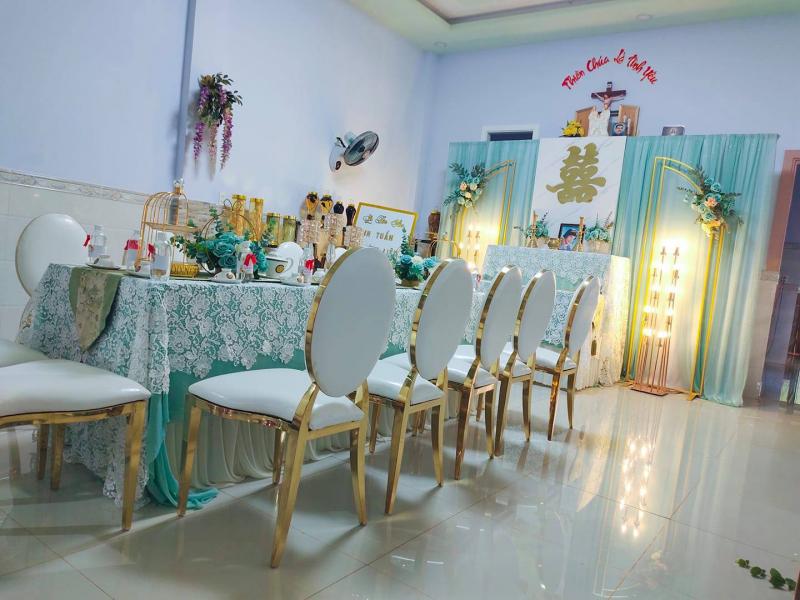 Dịch vụ trang trí tiệc cưới Hoàng Hiền