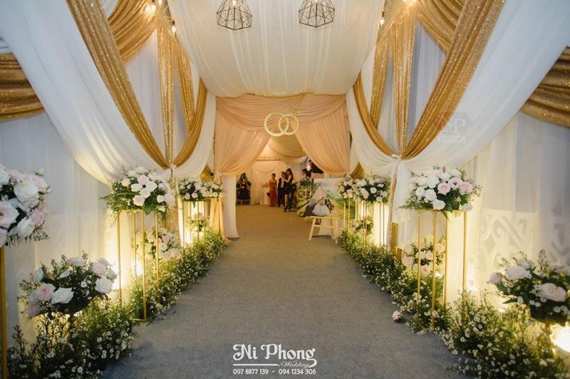 Dịch vụ trang trí tiệc cưới Ni Phong